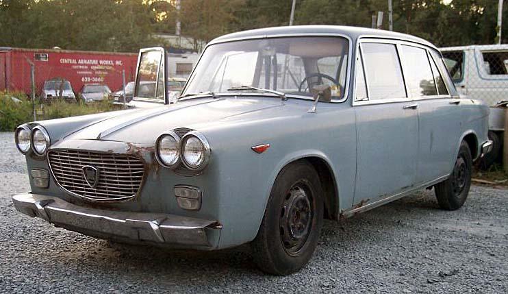 http://www.woiweb.com/wiki/images/3/38/1967_LANCIA_FLAVIA_BERLINA_2.jpg