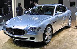 http://www.woiweb.com/wiki/images/thumb/c/c3/Maserati_Quattroporte_%28IAA_2005%29.jpg/250px-Maserati_Quattroporte_%28IAA_2005%29.jpg